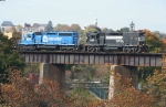 Northbound H76 Rolls Out on L&HR Bridge from Easton, Pa @ 1120 hrs